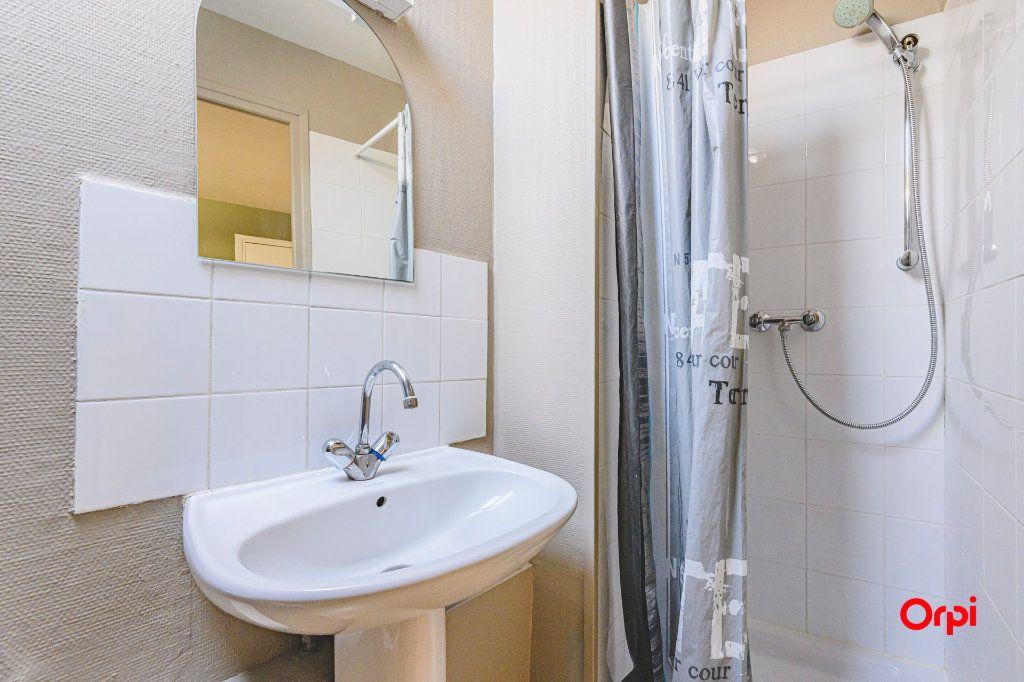 Appartement à louer 1 12.5m2 à Tinqueux vignette-7