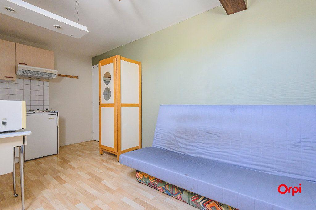 Appartement à louer 1 12.5m2 à Tinqueux vignette-10