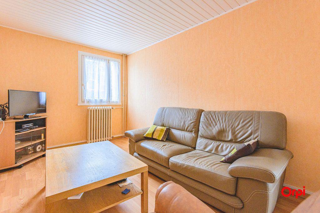 Appartement à vendre 4 69m2 à Reims vignette-2