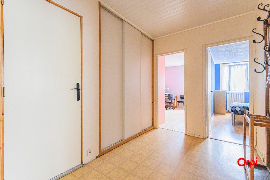 Appartement à vendre 4 69m2 à Reims vignette-6