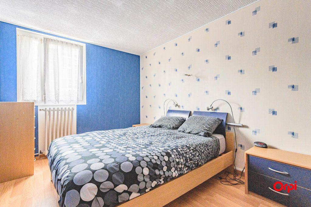 Appartement à vendre 4 69m2 à Reims vignette-7