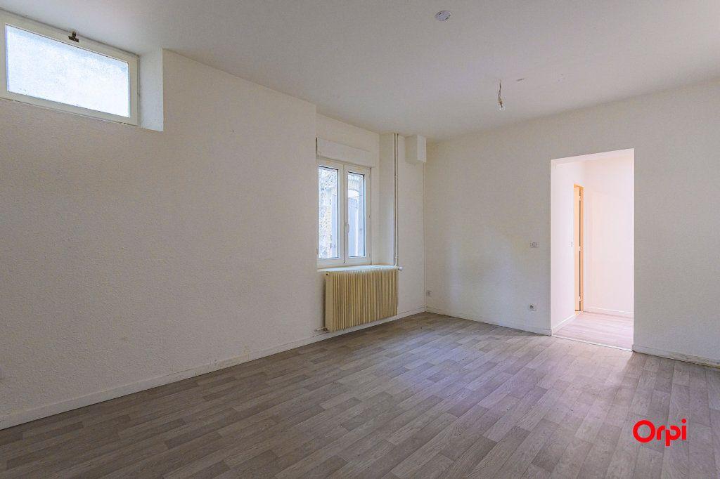 Appartement à louer 1 23.77m2 à Tinqueux vignette-1
