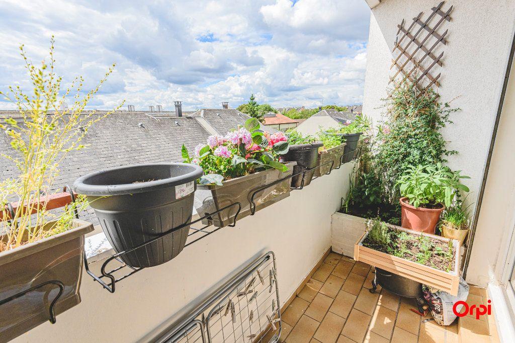 Appartement à vendre 6 117m2 à Reims vignette-5