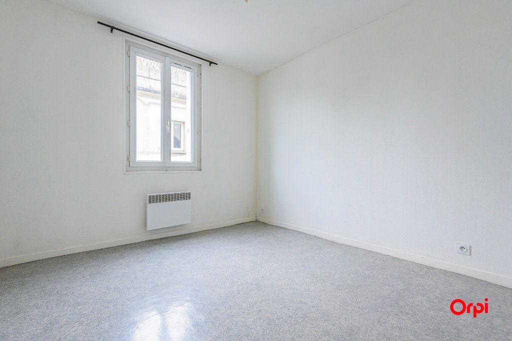 Appartement à louer 2 40m2 à Épernay vignette-3