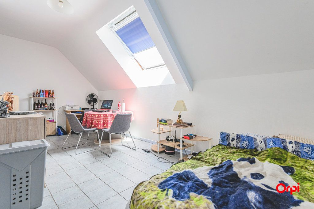 Appartement à louer 1 24m2 à Reims vignette-1