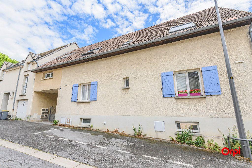 Appartement à louer 1 24m2 à Reims vignette-2