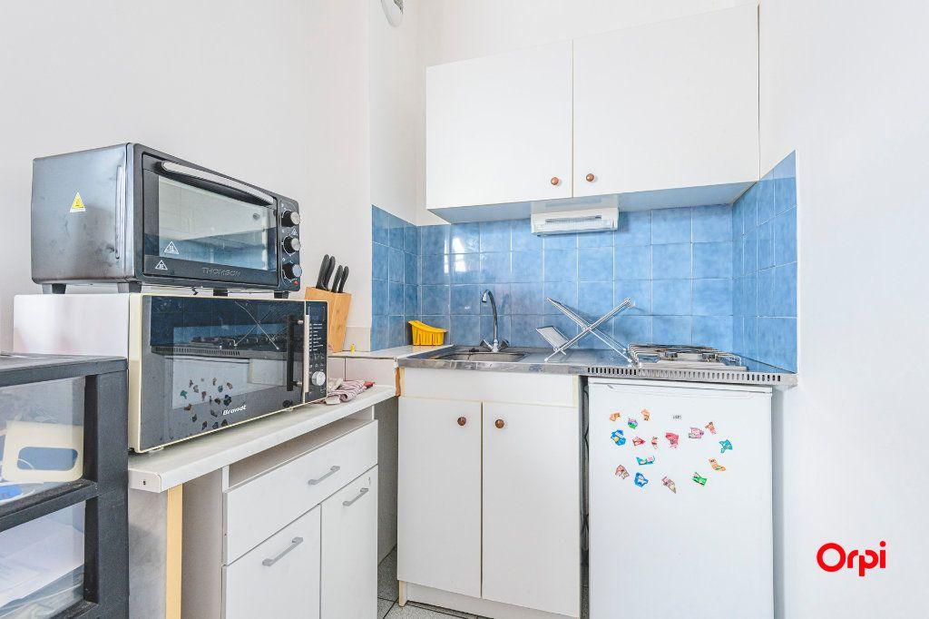 Appartement à louer 1 24m2 à Reims vignette-5