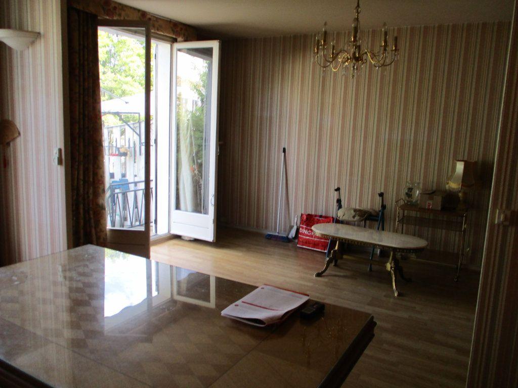 Maison à vendre 8 105m2 à Reims vignette-3