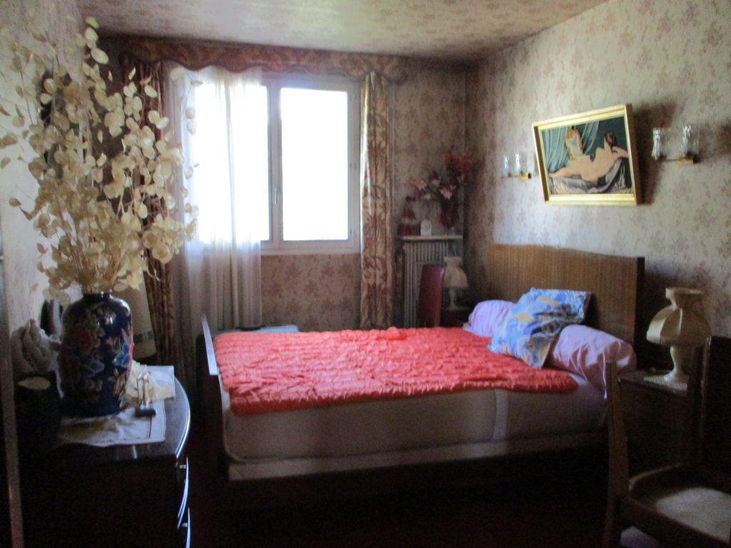 Maison à vendre 8 105m2 à Reims vignette-10