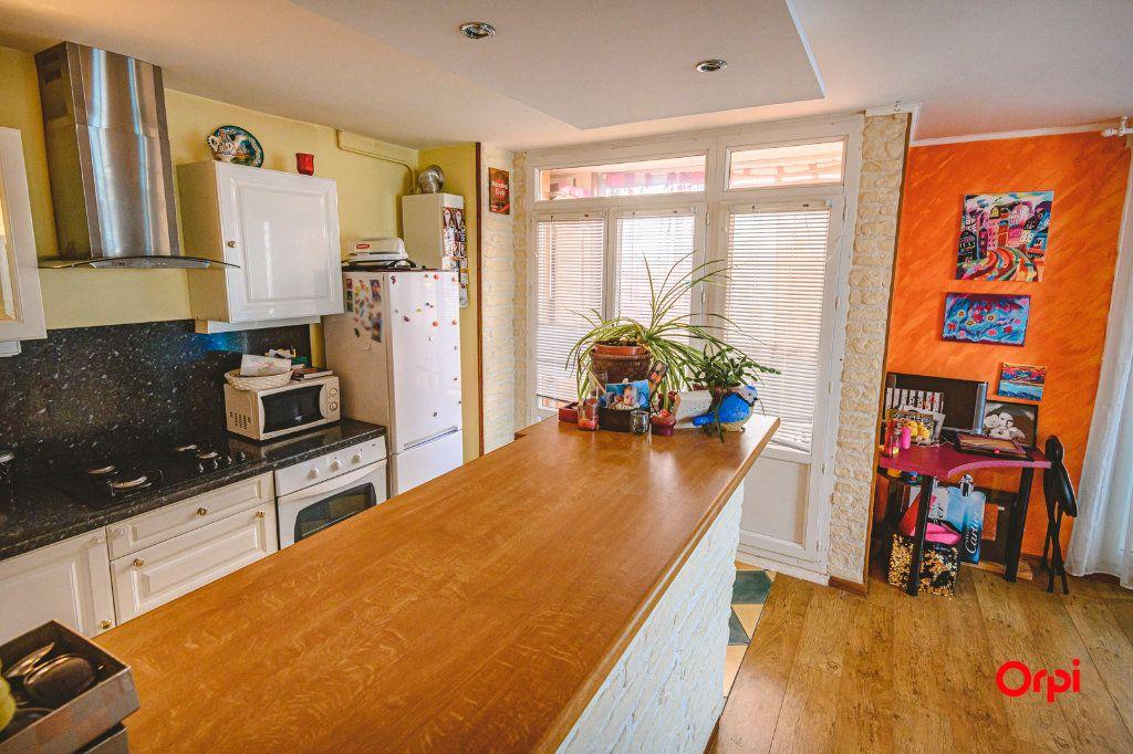 Appartement à vendre 3 58.7m2 à Reims vignette-2