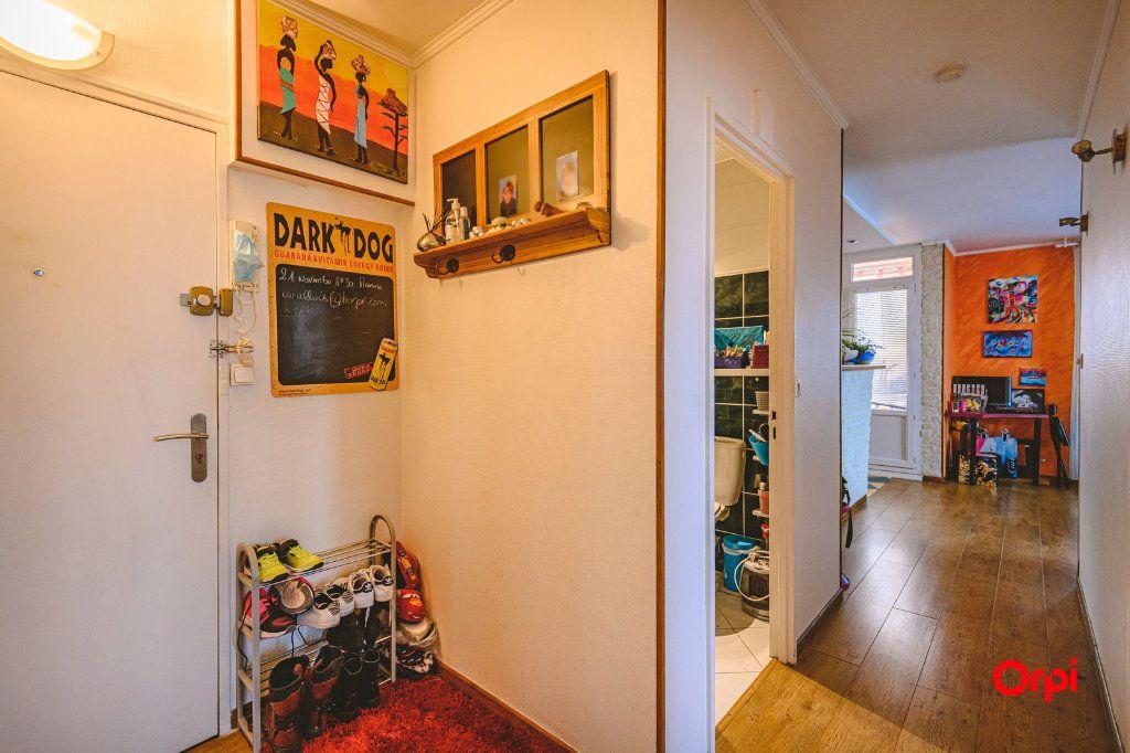 Appartement à vendre 3 58.7m2 à Reims vignette-8