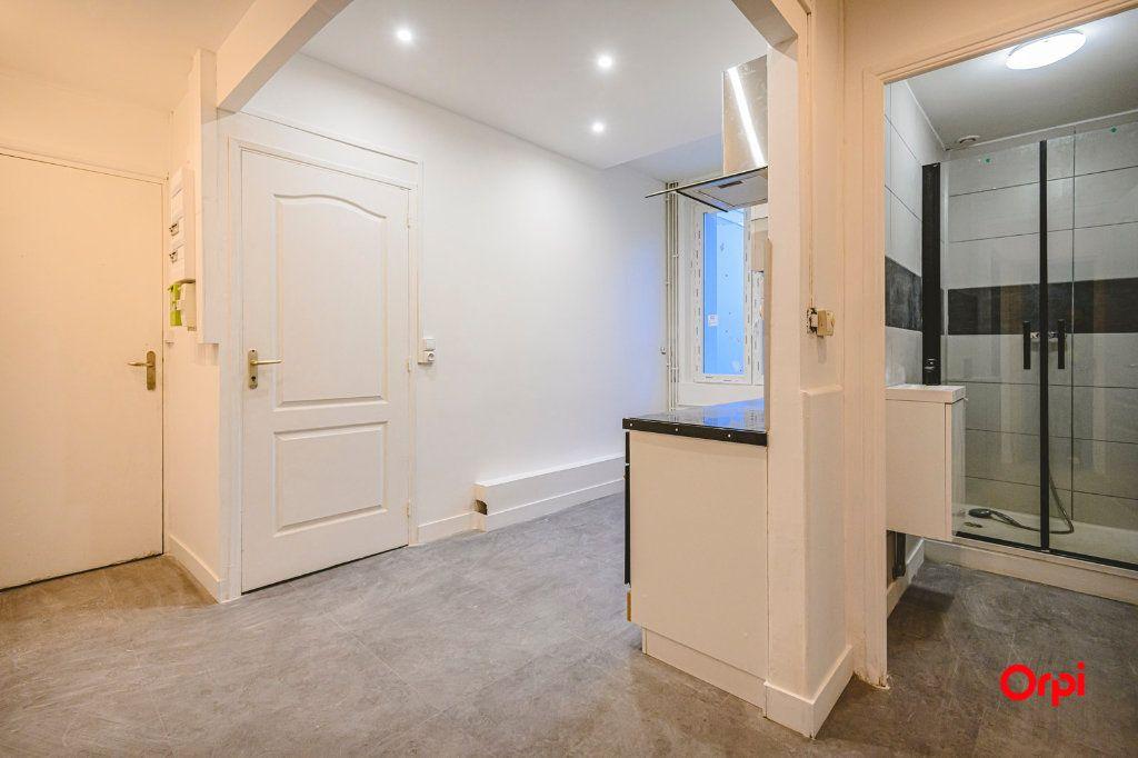 Appartement à vendre 3 43.89m2 à Reims vignette-2