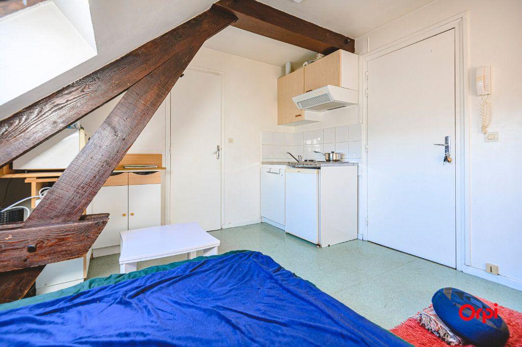 Appartement à louer 1 13m2 à Tinqueux vignette-4