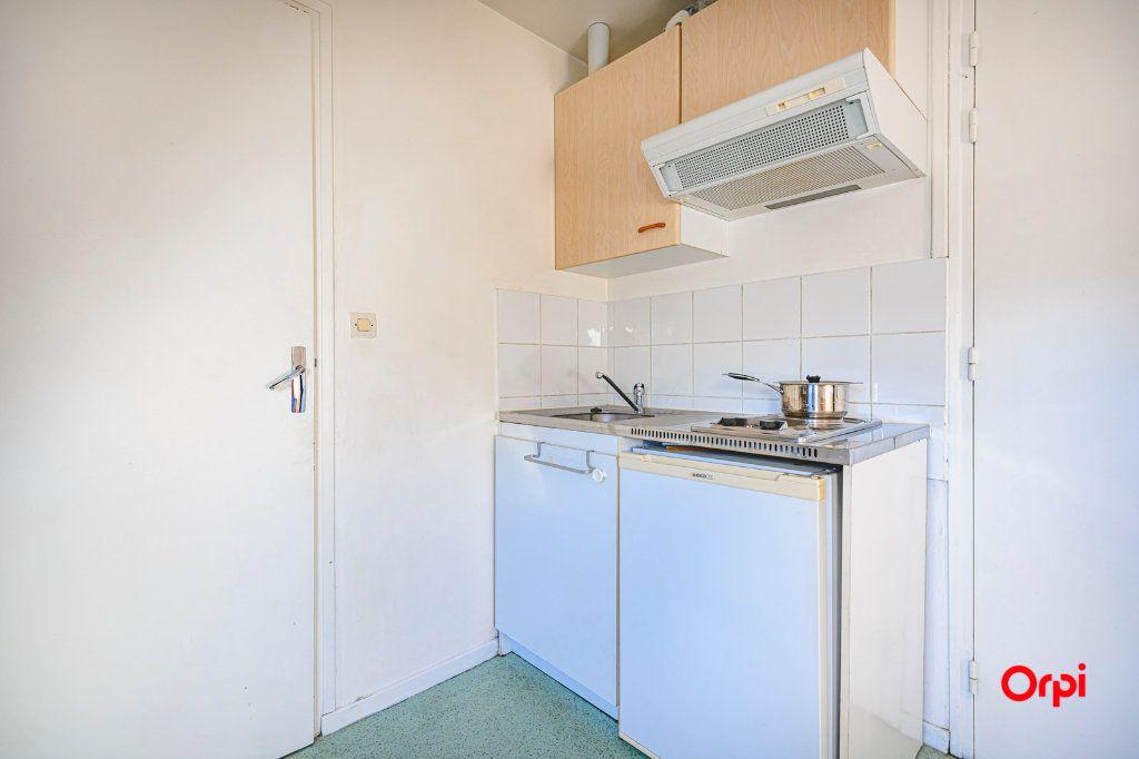 Appartement à louer 1 13m2 à Tinqueux vignette-8