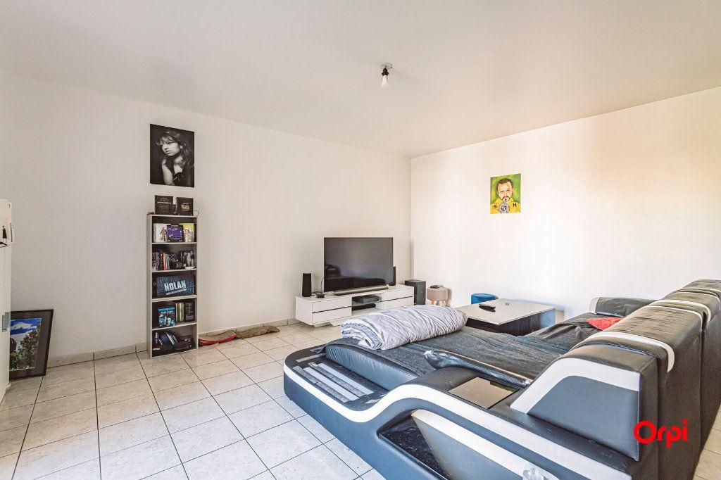 Appartement à vendre 3 67.93m2 à Reims vignette-2