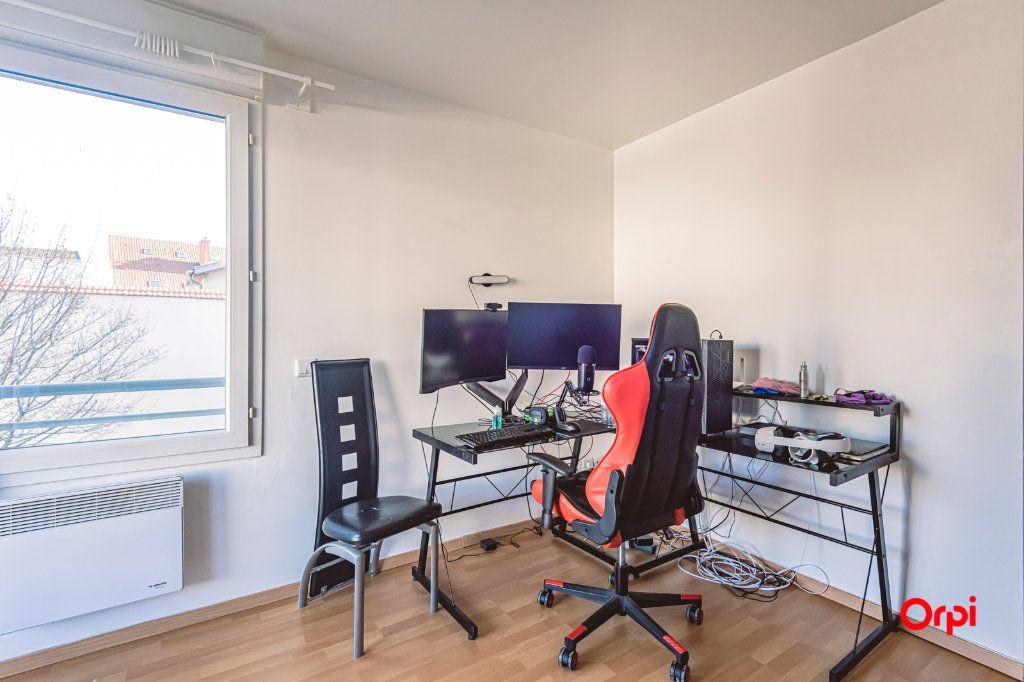 Appartement à vendre 3 67.93m2 à Reims vignette-7