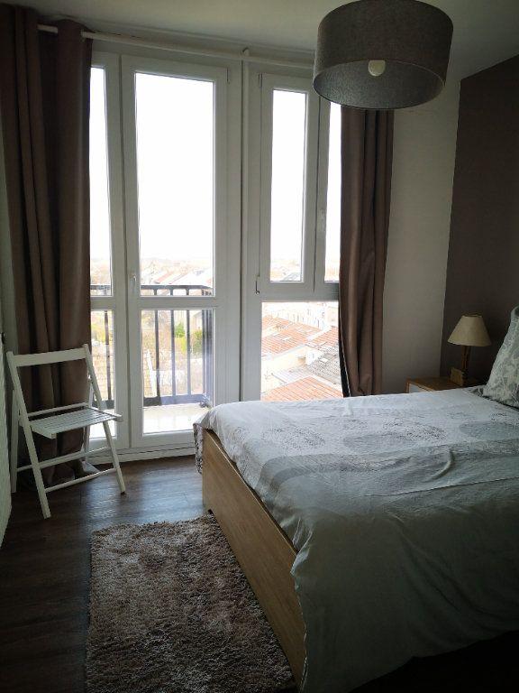 Appartement à vendre 4 0m2 à Reims vignette-3