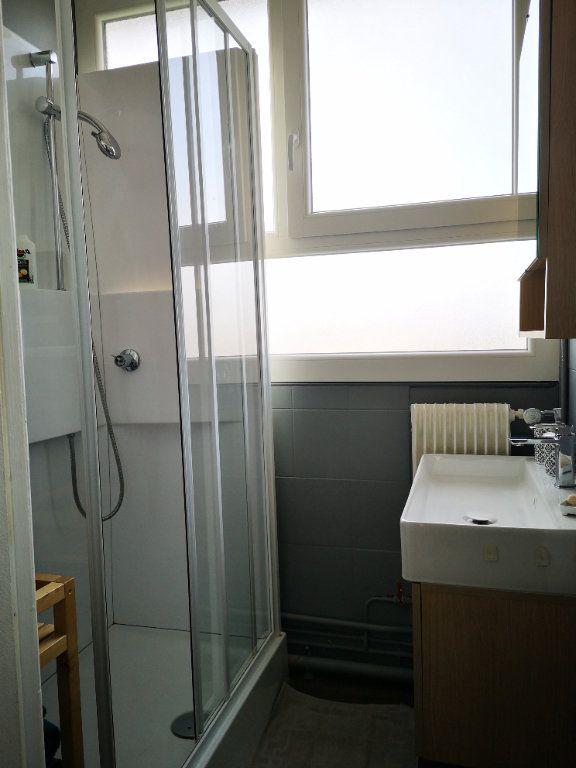 Appartement à vendre 4 0m2 à Reims vignette-4