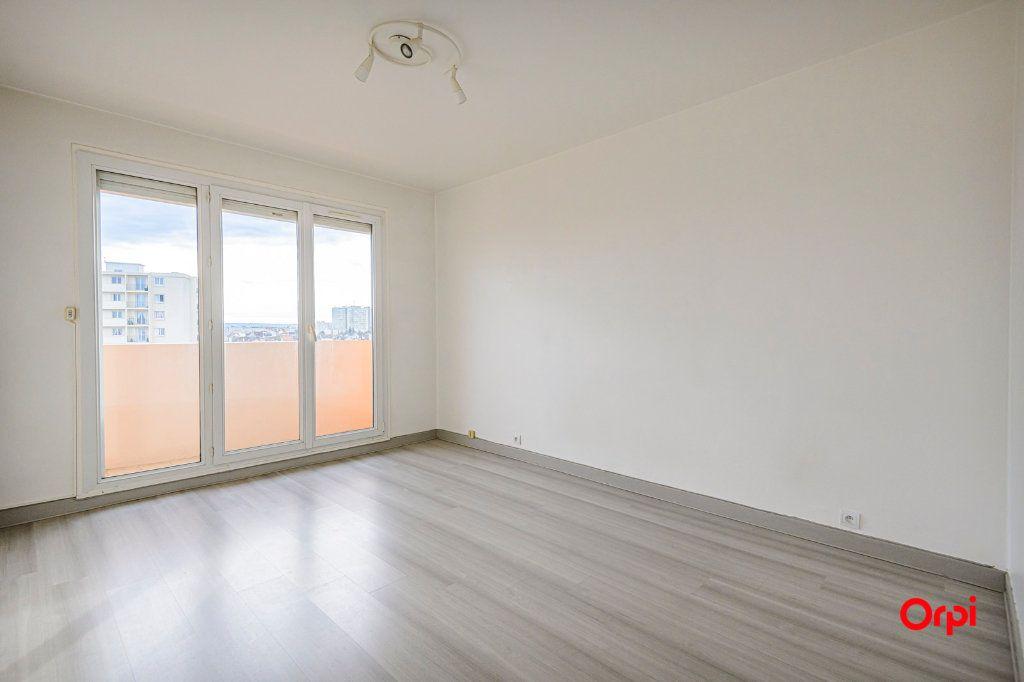 Appartement à vendre 6 117m2 à Reims vignette-4