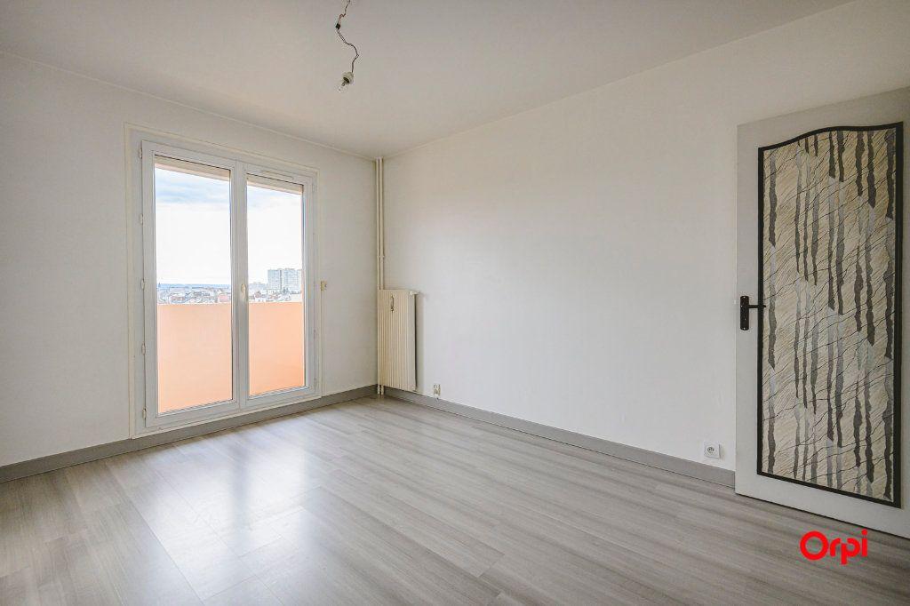 Appartement à vendre 6 117m2 à Reims vignette-6