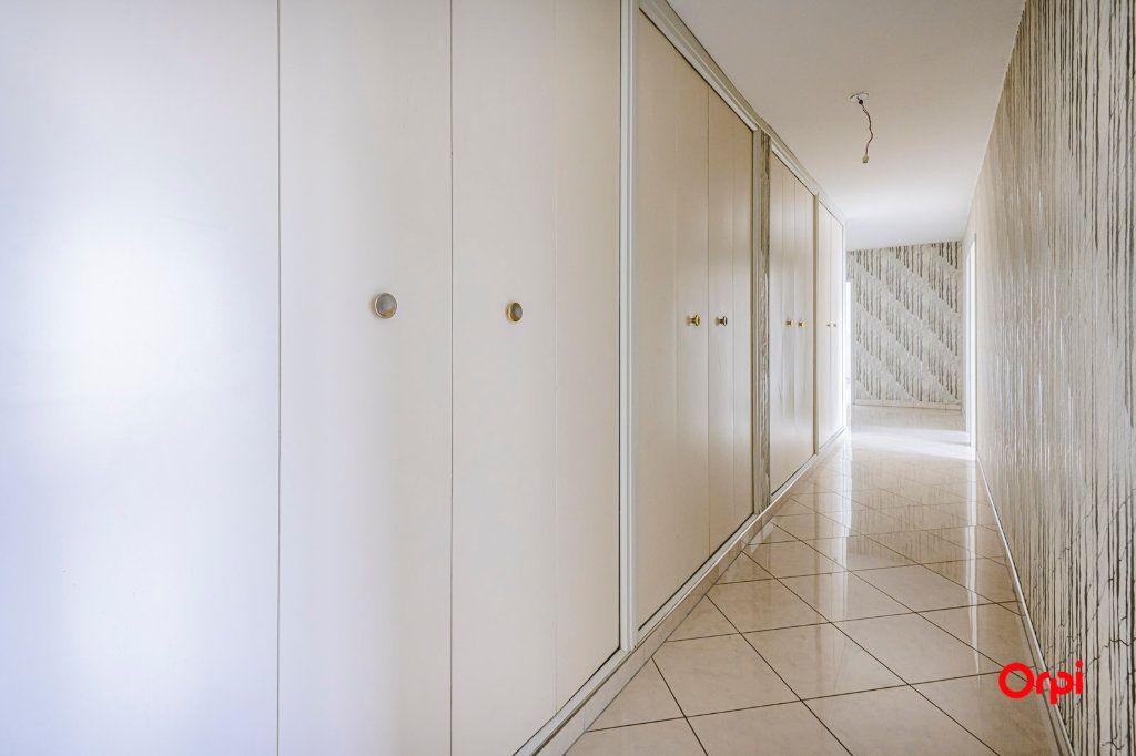 Appartement à vendre 6 117m2 à Reims vignette-7