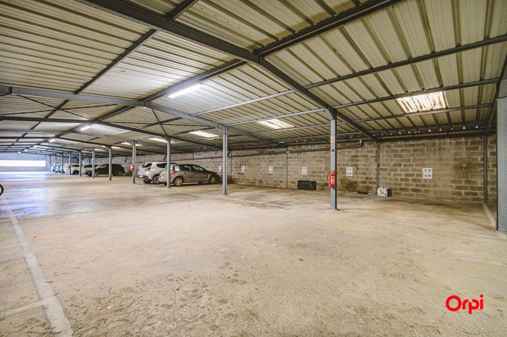 Appartement à vendre 6 117m2 à Reims vignette-10