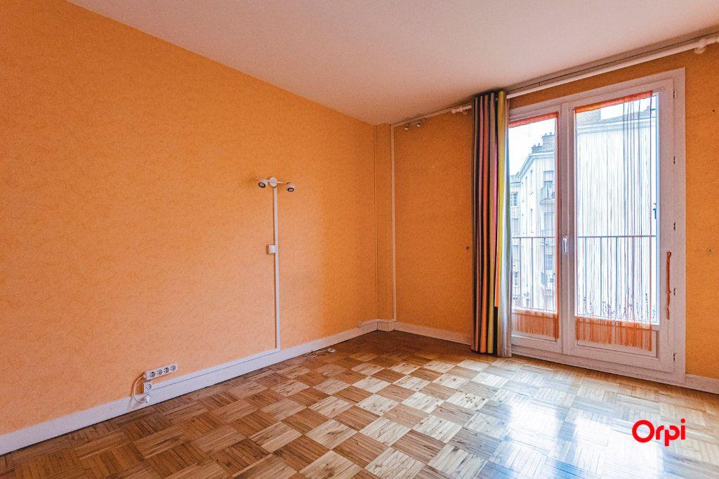 Appartement à vendre 4 84m2 à Reims vignette-5