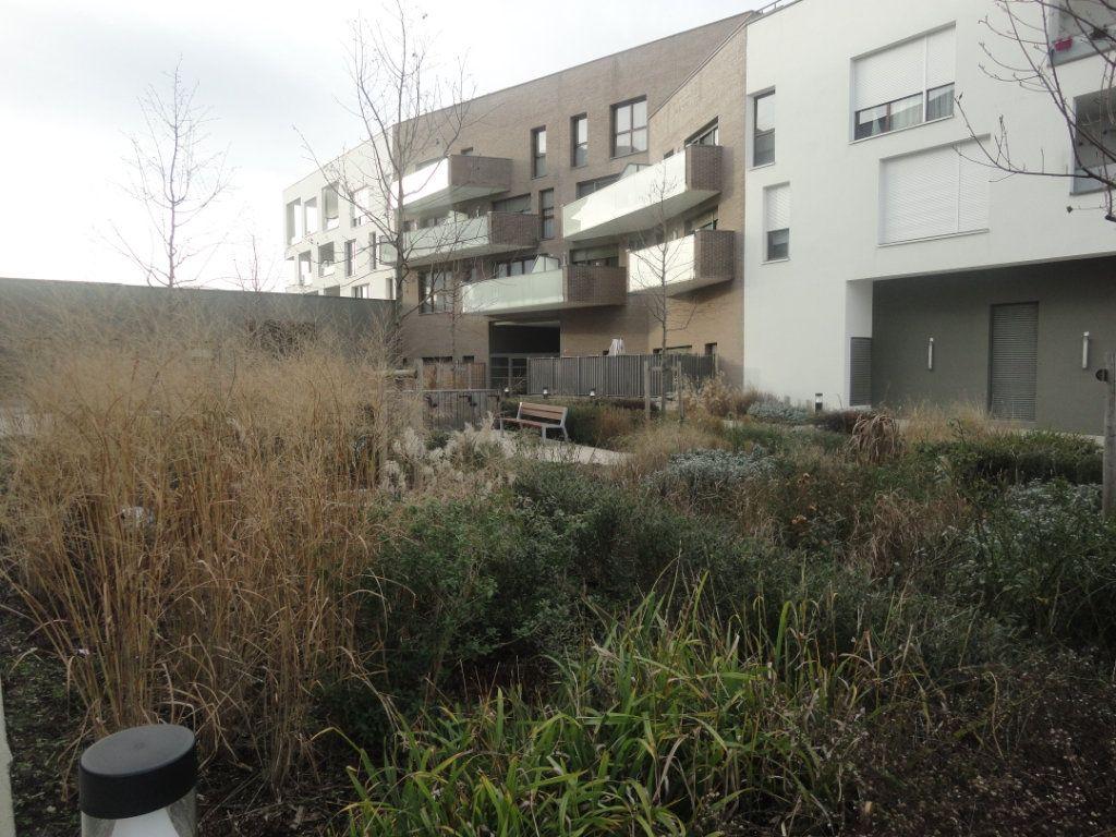 Appartement à vendre 4 88.43m2 à Reims vignette-2
