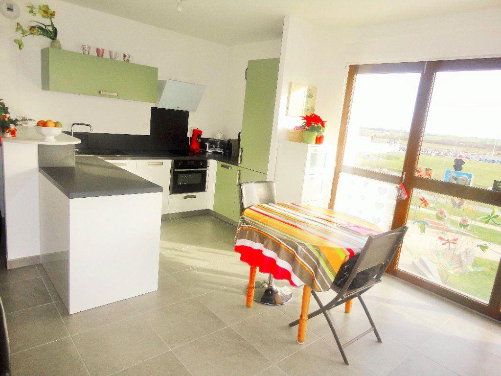 Appartement à vendre 4 88.43m2 à Reims vignette-4