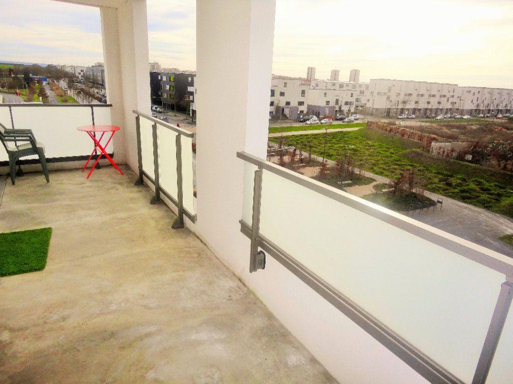 Appartement à vendre 4 88.43m2 à Reims vignette-9