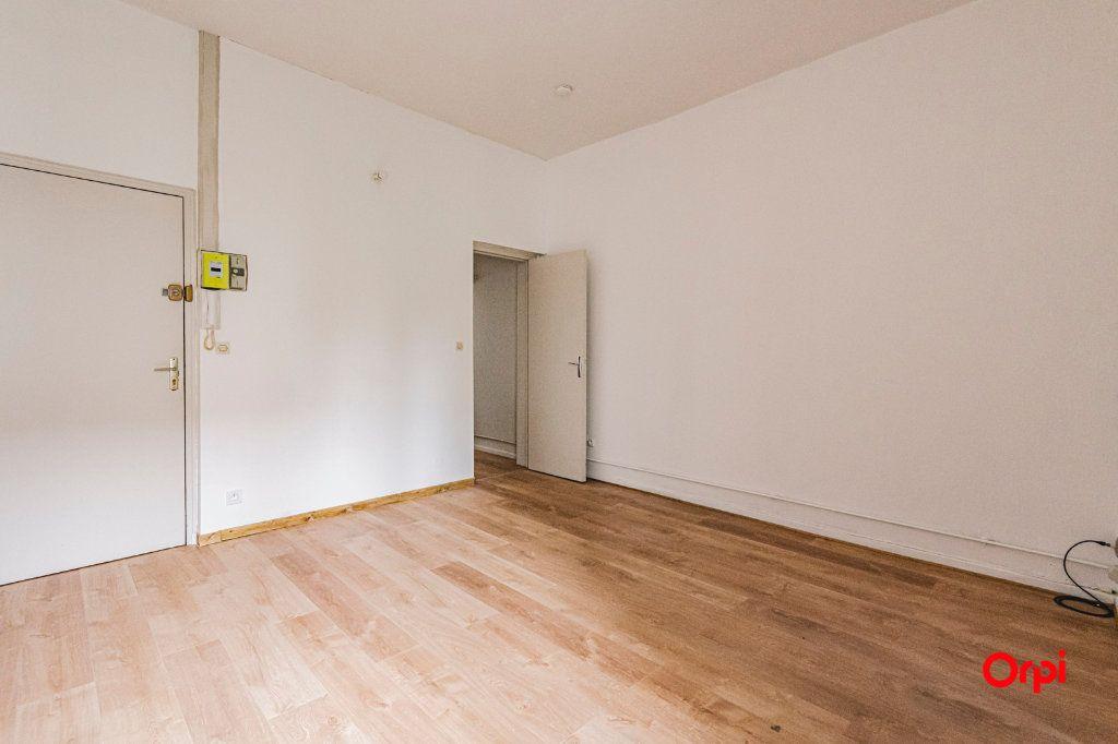 Appartement à vendre 2 46.22m2 à Reims vignette-2