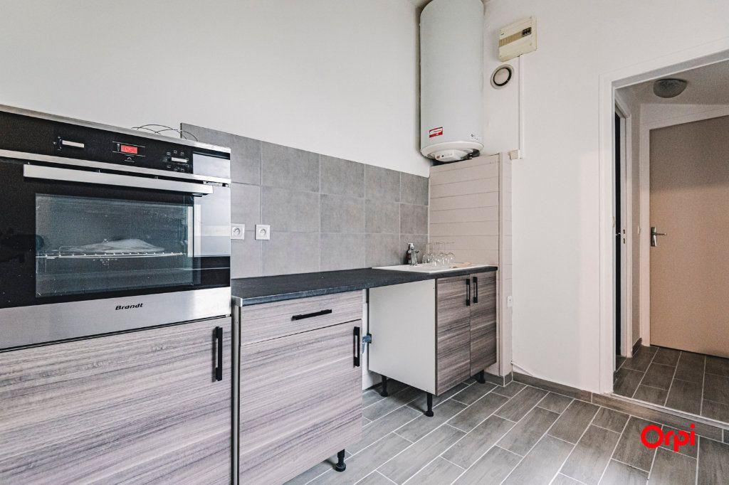 Appartement à vendre 2 46.22m2 à Reims vignette-3