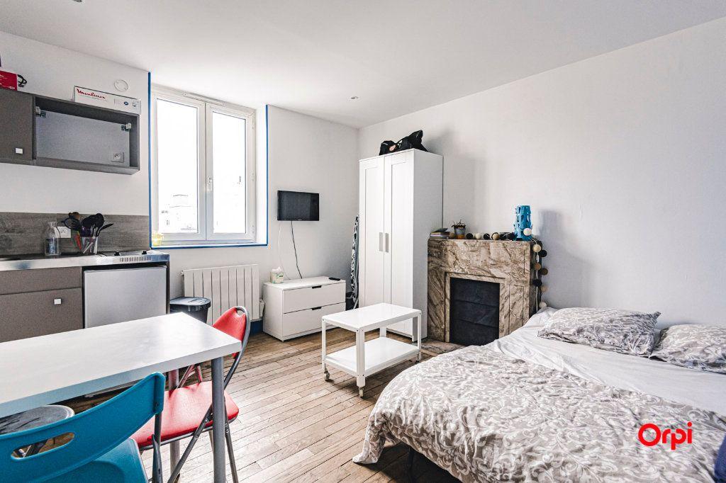 Appartement à louer 1 16.98m2 à Reims vignette-2