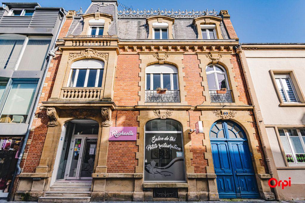 Immeuble à vendre 0 565m2 à Charleville-Mézières vignette-1
