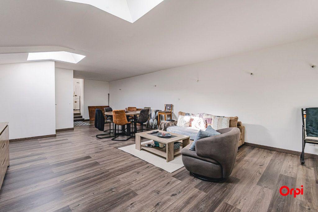 Immeuble à vendre 0 565m2 à Charleville-Mézières vignette-6