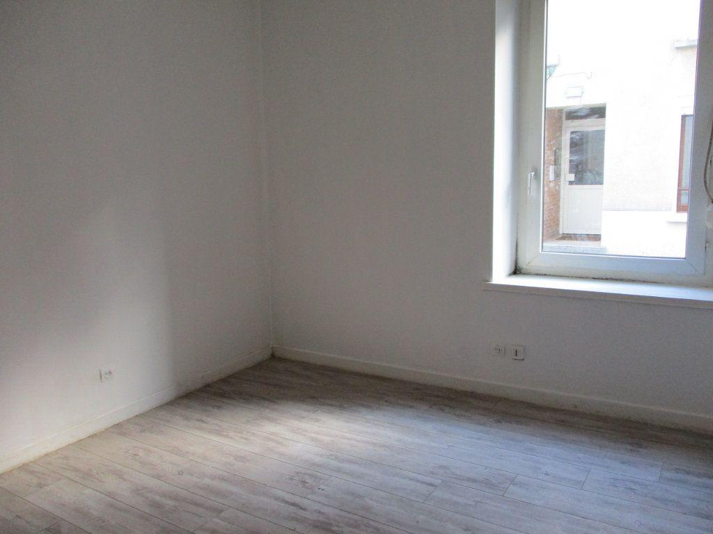 Appartement à vendre 2 39m2 à Reims vignette-3