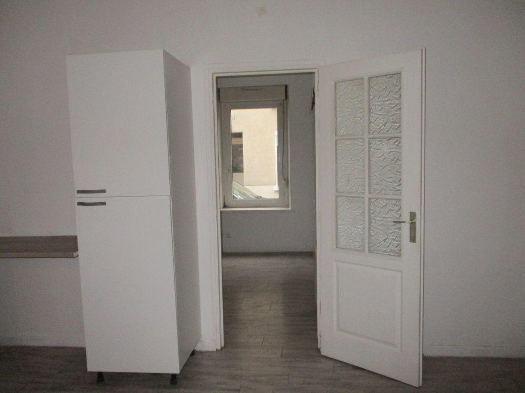 Appartement à vendre 2 39m2 à Reims vignette-4