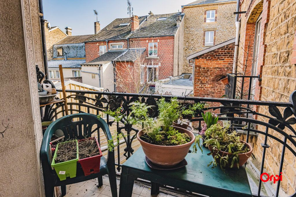 Appartement à vendre 6 108m2 à Charleville-Mézières vignette-5