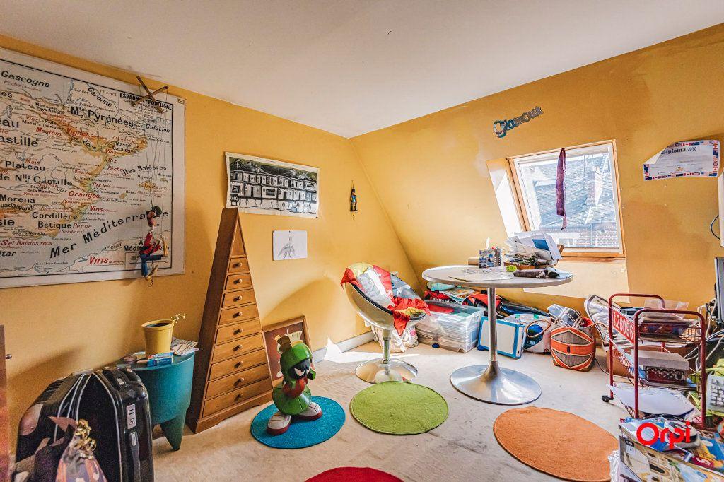 Appartement à vendre 6 116m2 à Charleville-Mézières vignette-5