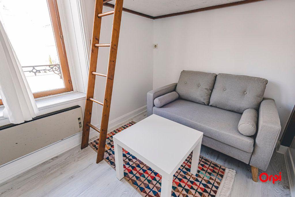 Appartement à louer 1 16.01m2 à Reims vignette-3