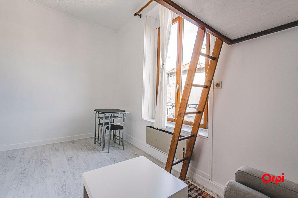 Appartement à louer 1 16.01m2 à Reims vignette-5