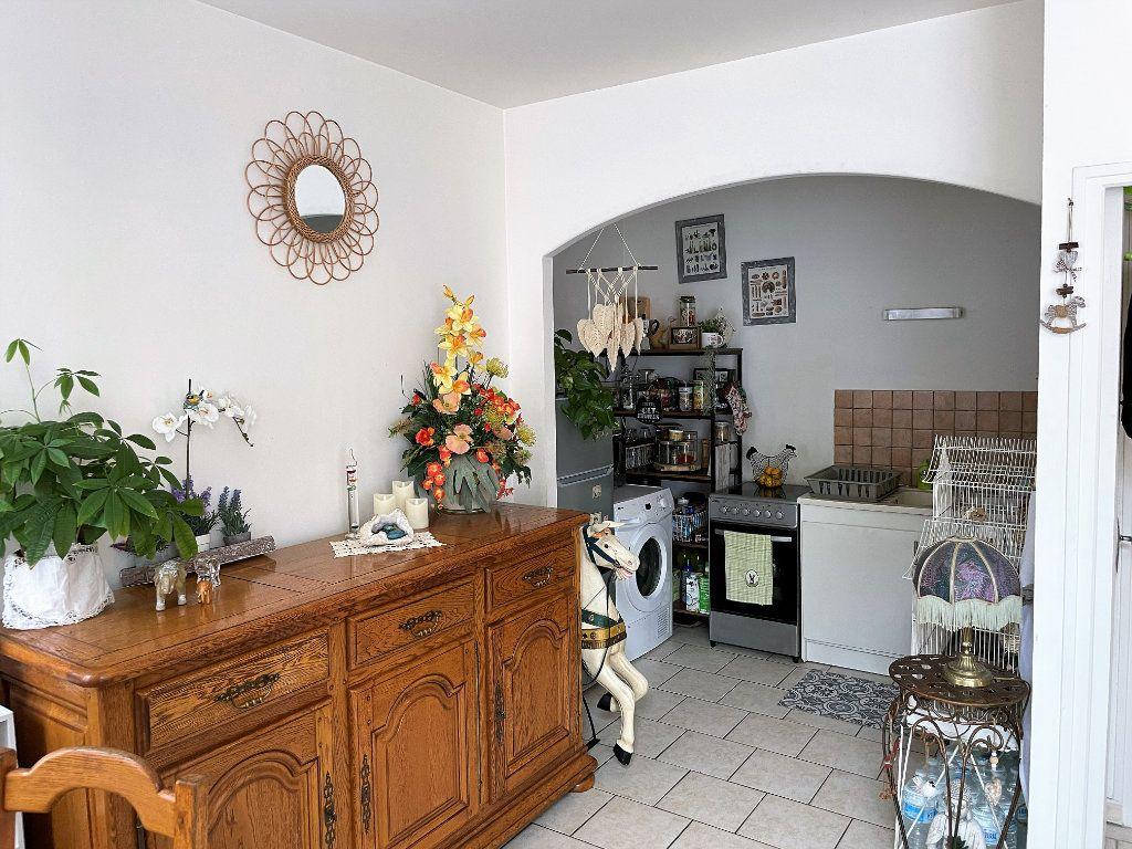 Appartement à vendre 3 46m2 à Reims vignette-2