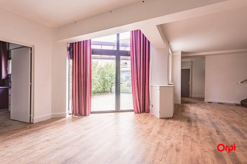 Maison à louer 5 161.3m2 à Reims vignette-7