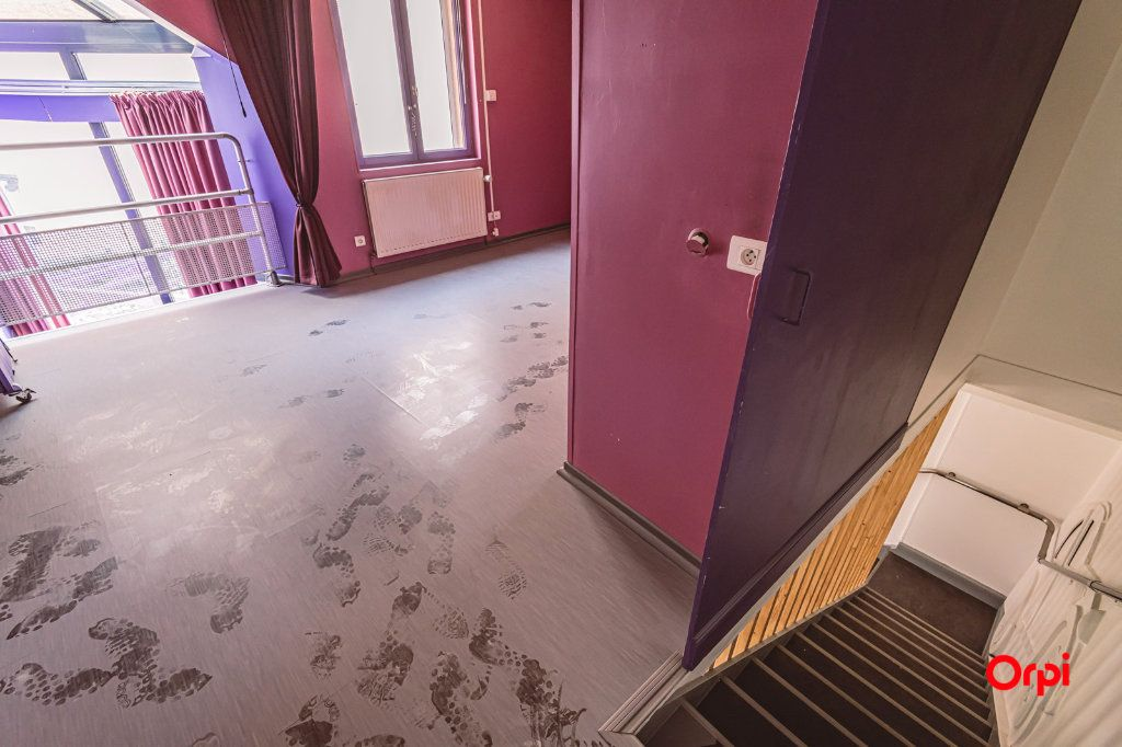 Maison à louer 5 161.3m2 à Reims vignette-14