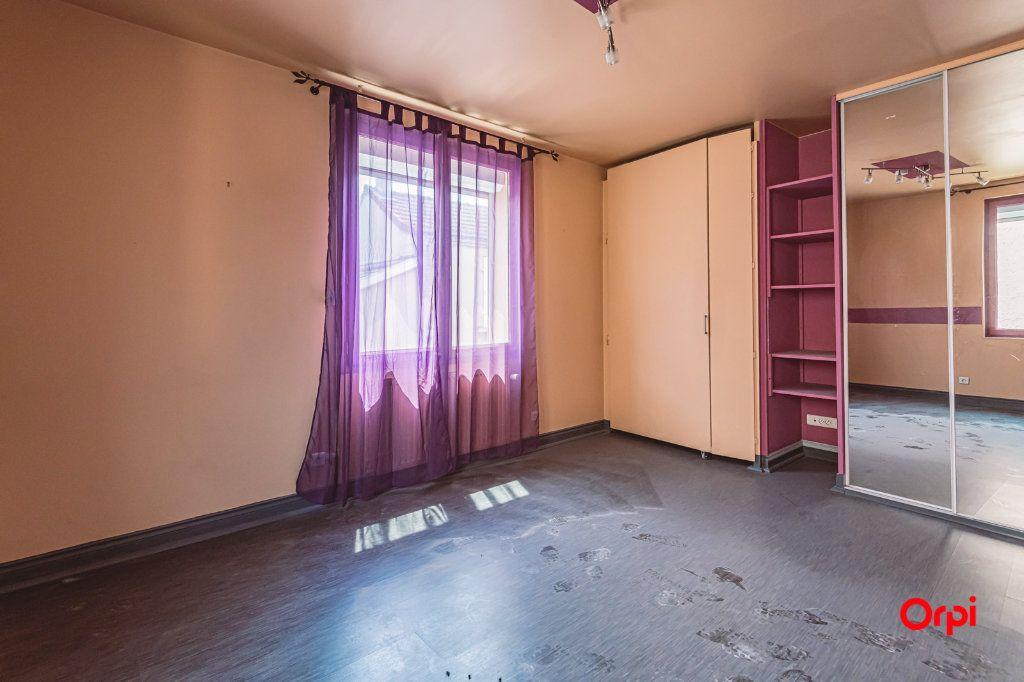 Maison à louer 5 161.3m2 à Reims vignette-15
