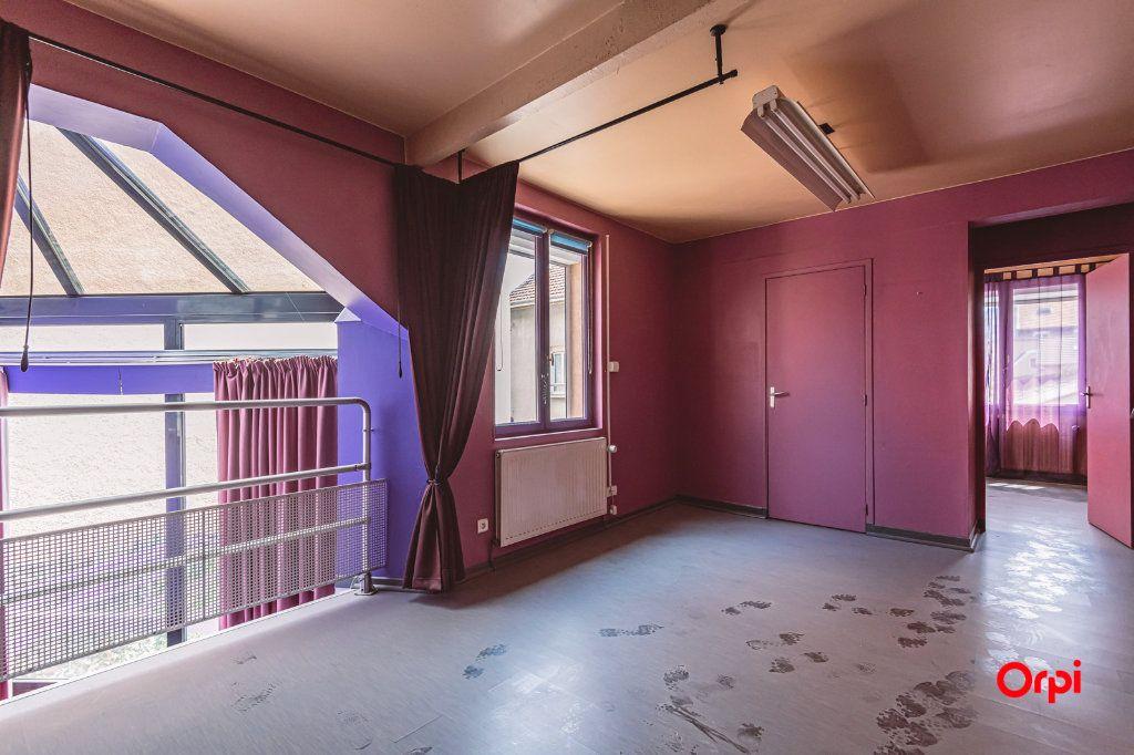 Maison à louer 5 161.3m2 à Reims vignette-16