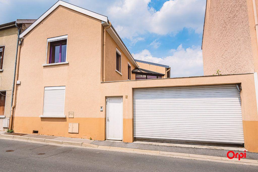 Maison à louer 5 161.3m2 à Reims vignette-17