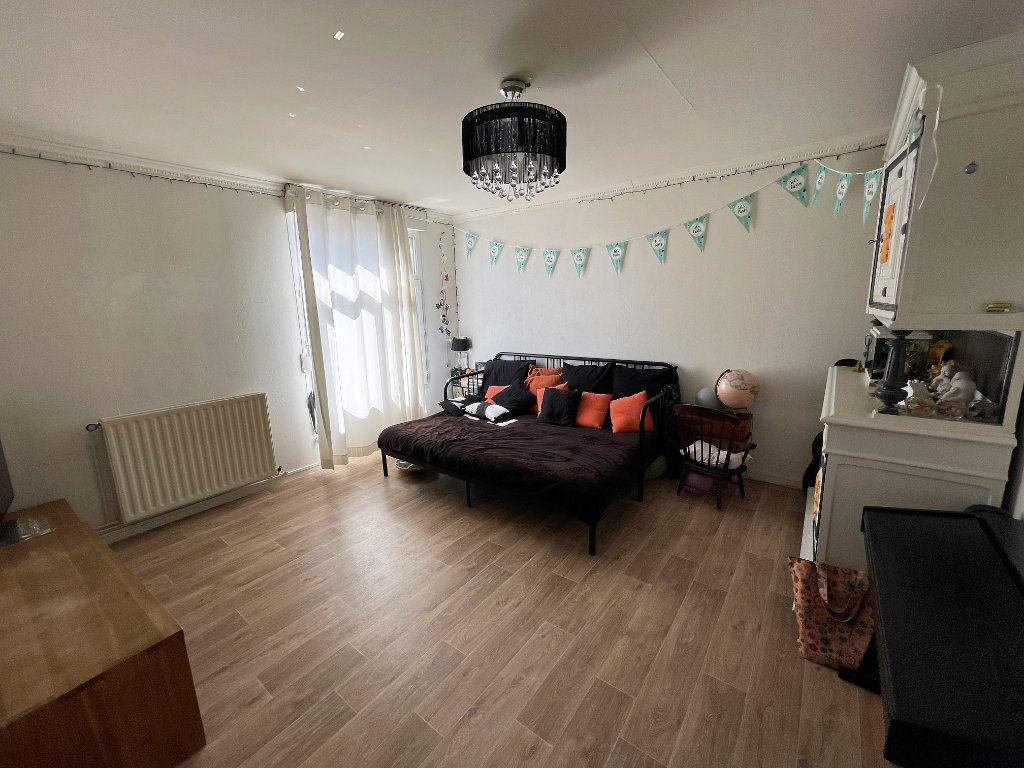 Appartement à vendre 3 55.12m2 à Reims vignette-1
