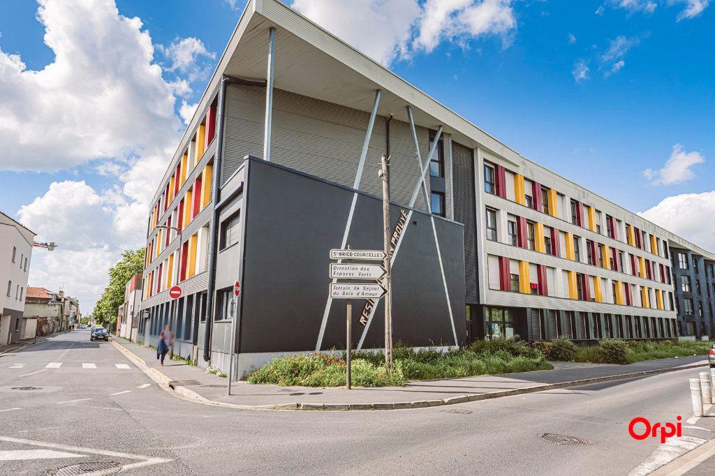 Appartement à vendre 3 65m2 à Reims vignette-1