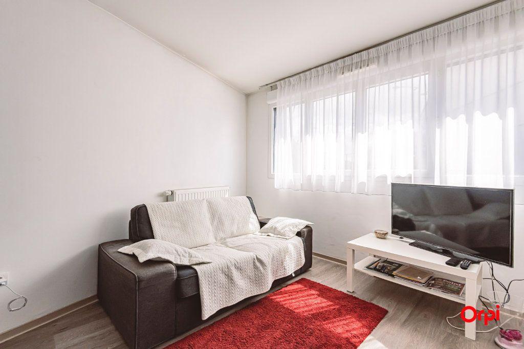 Appartement à vendre 3 65m2 à Reims vignette-3